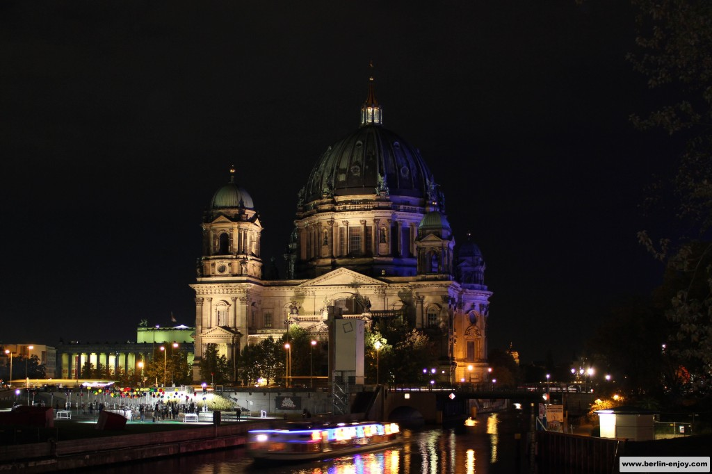 Berliner Dom at night (Berlin-Enjoy.com)