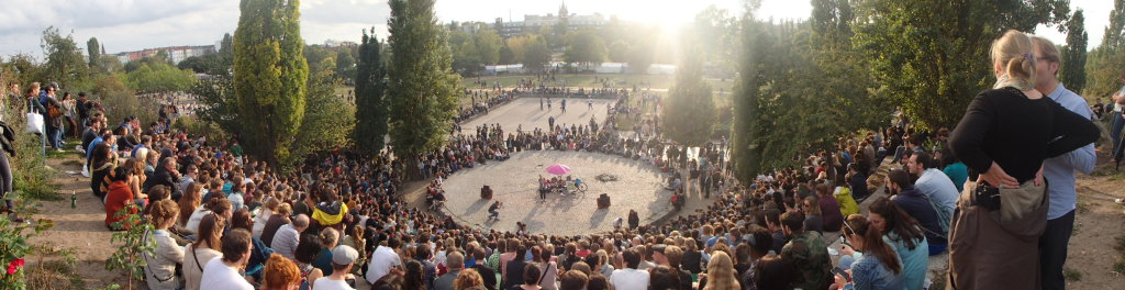 Mauerpark Karaoke from a visitor's perspective (© Berlin-enjoy.com)
