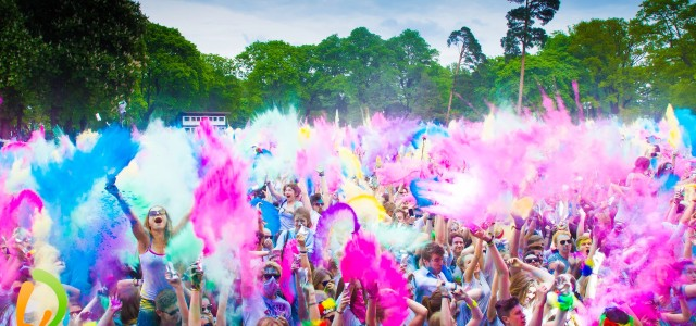 Win 5×2 Free tickets for the Holi Festival in Berlin