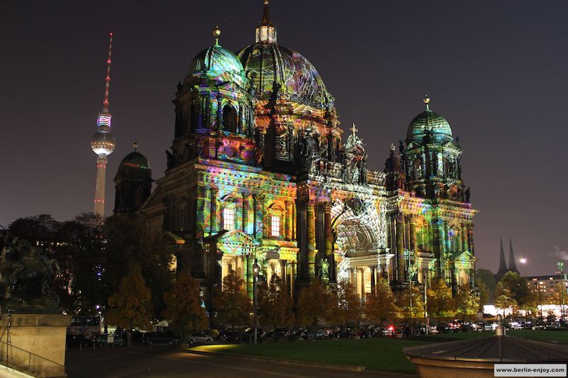 Berliner Dom during Festival of Lights (Berlin-Enjoy.com)