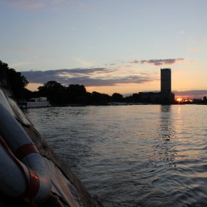 Berlin Sunset Raft Spree