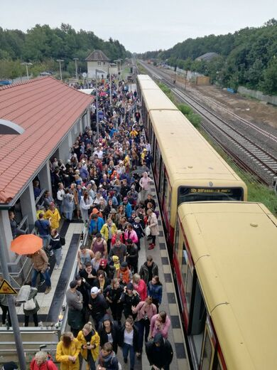 It was very crowded at the trains (© Enjoy-Berlin.nl)