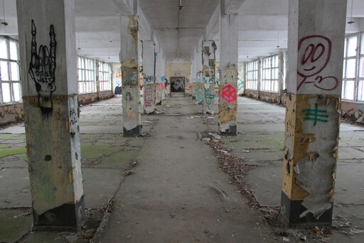 One of the large rooms in the Panzerkaserne