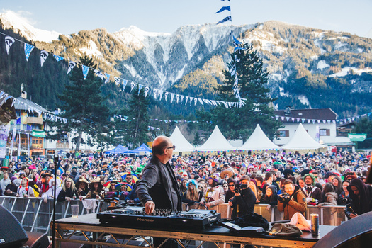 The legendary street-party of Snowbombing
